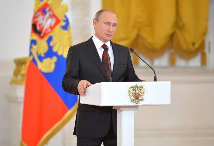 Доходы Путина в кризис выросли на 1 млн рублей