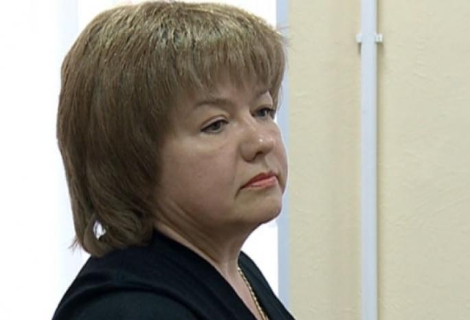 Экс-начфина омского УМВД Старовикову приговорили к семи годам колонии