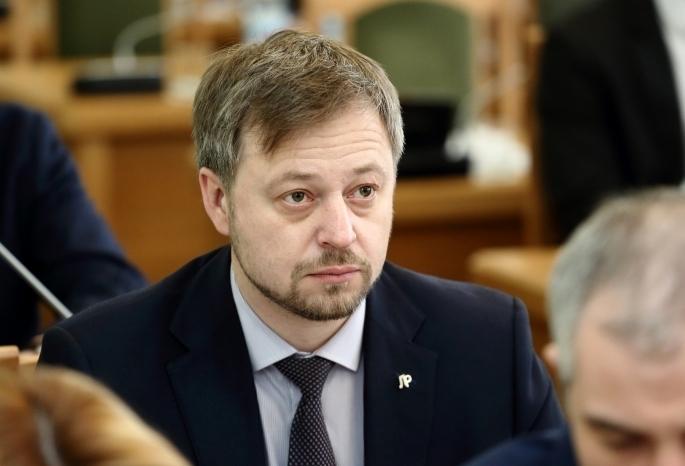 Заммэра Омска Денис Денежкин: «За взятку меня не посадят»