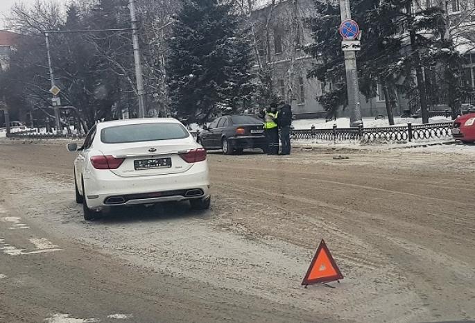 Автомобиль омского мэра Фадиной попал в ДТП