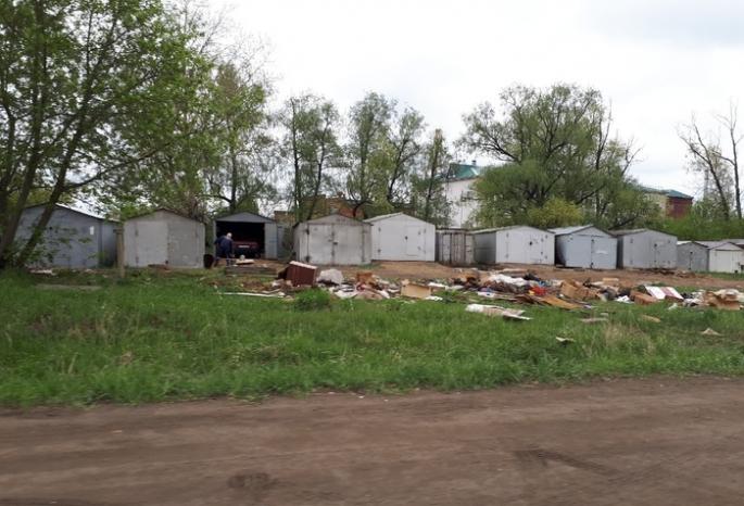 Ради дороги-дублера на Левобережье начали сносить гаражи омичей