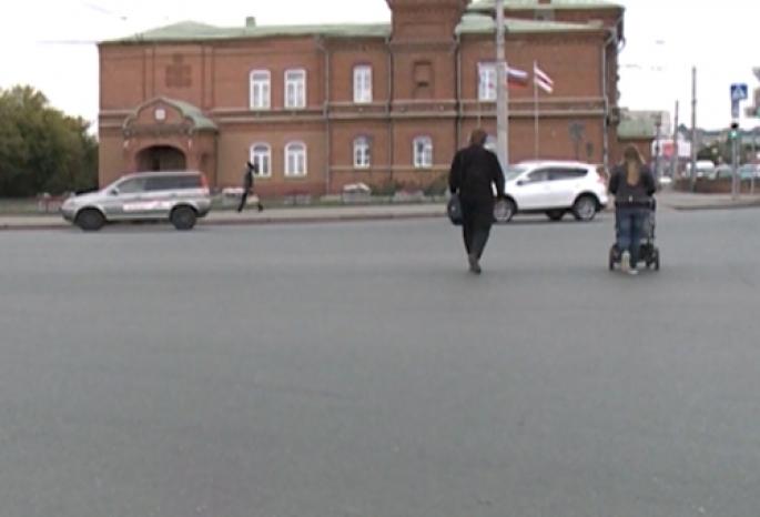 На улице Думской в центре Омска для пешеходов обустроят островок безопасности