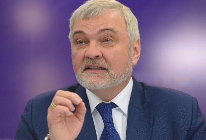 В июле планируется взять кредит в банке на сумму 100000 рублей 75000 46000