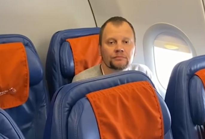 Омского предпринимателя Дрокина, который был в розыске почти 10 лет, доставили в Москву из Барселоны