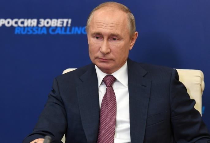 У омичей появился шанс отдохнуть 31 декабря: Путин порекомендовал регионам сделать этот день выходным