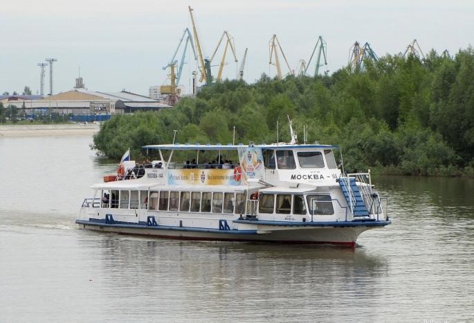 На теплоходе до Большеречья и Зеленого берега: У омичей узнают, хотят ли они пользоваться водным транспортом