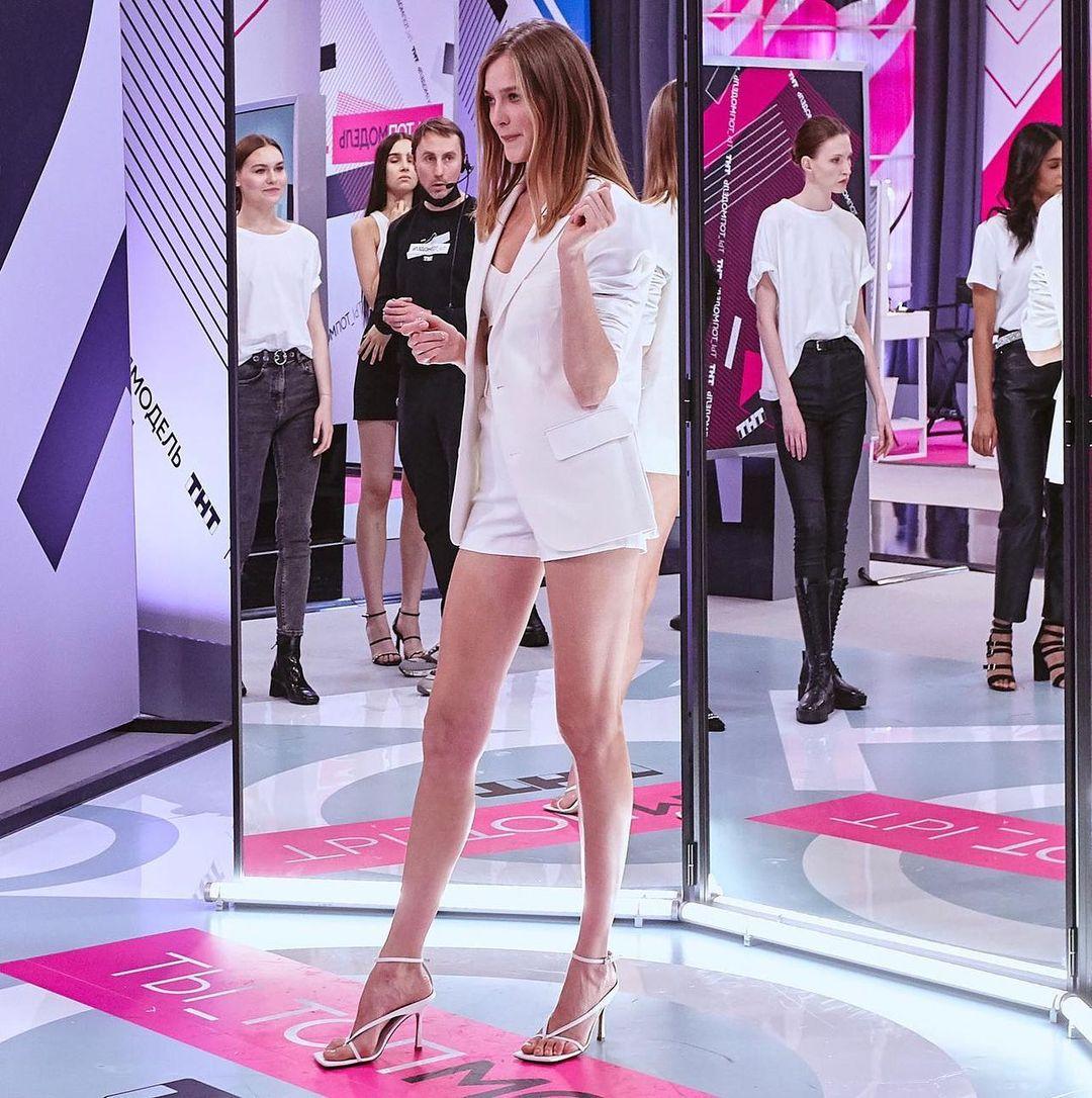 веб девушка модель в омске