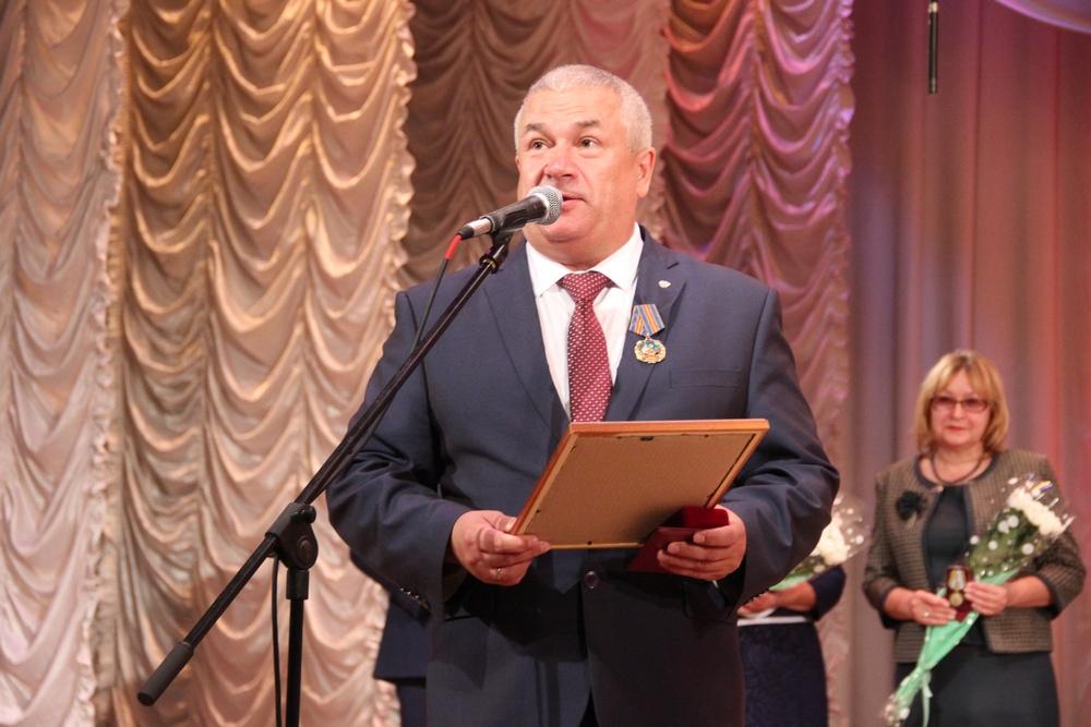 поздравления законодательному собранию омской области с юбилеем вашему