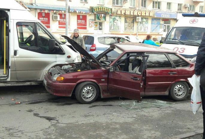 ВОмске в трагедии смаршруткой пострадали три человека