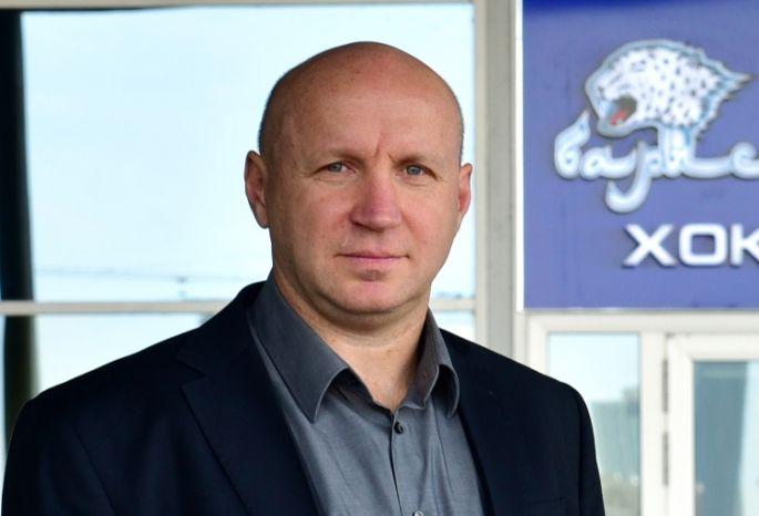 Экс-наставник сборной Республики Беларусь похоккею Эдуард Занковец будет руководить «Барысом»