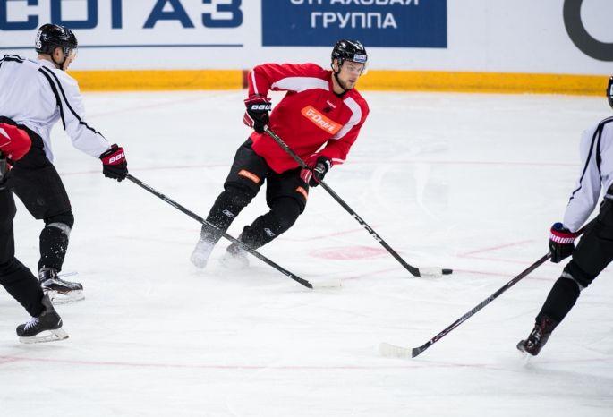 Хоккеисты «Торпедо» проиграли «Авангарду» вгостях срезультатом 1:2