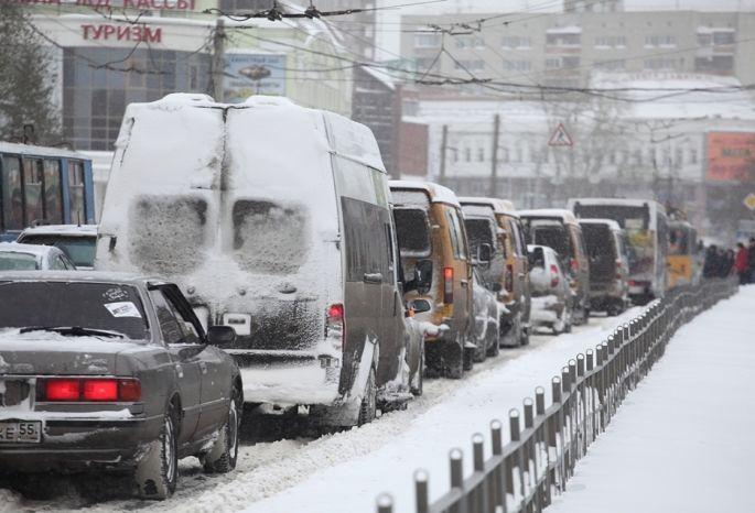 Двораковский хочет запретить ездить в Омске быстрее 50 км/ч