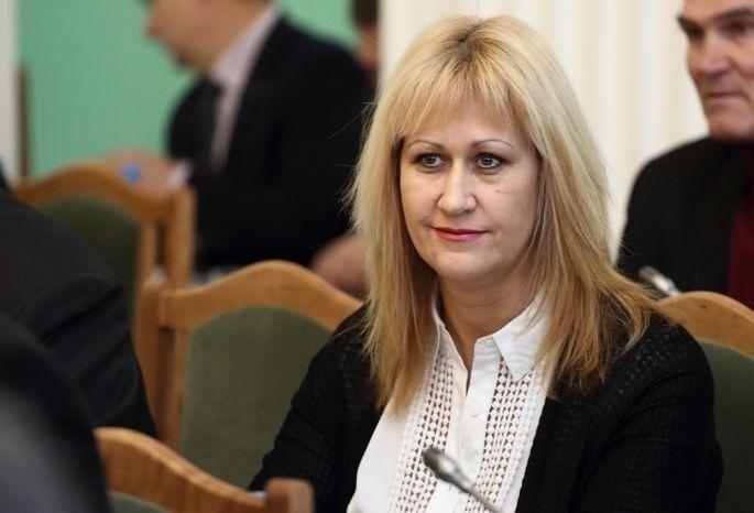 Удепутата горсовета сдолгами покоммуналке арестовали иномарку