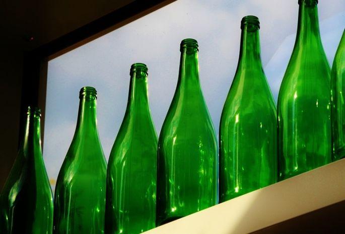 ВОмске задержали банду торговцев дезинфекторами ввиде водки