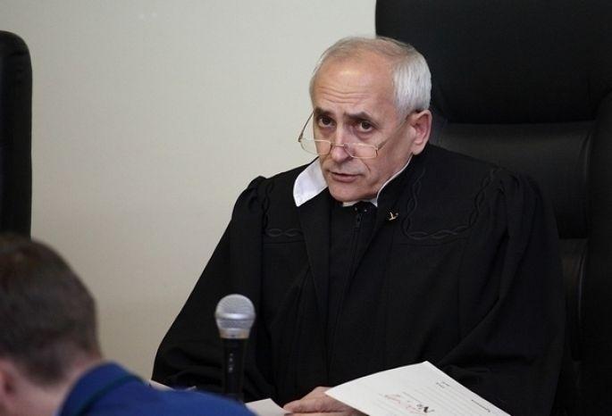 Прошлый омский судья Москаленко покончил ссобой после 2-х повесток всуд