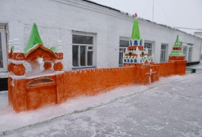 ВОмске заключенные построили Кремль натерритории колонии