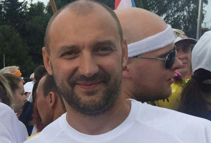 ВОмске разыскивают мужчину, которого силой затолкали в«Лексус» иувезли