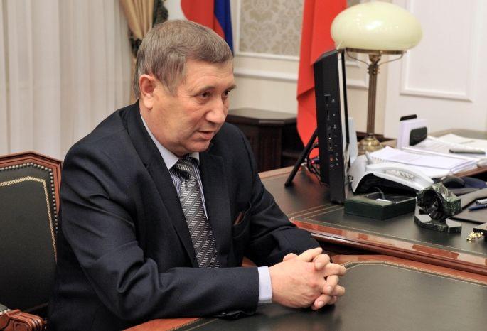 Руководитель района вОмской области Постовой набольничном сжёг служебный автомобиль