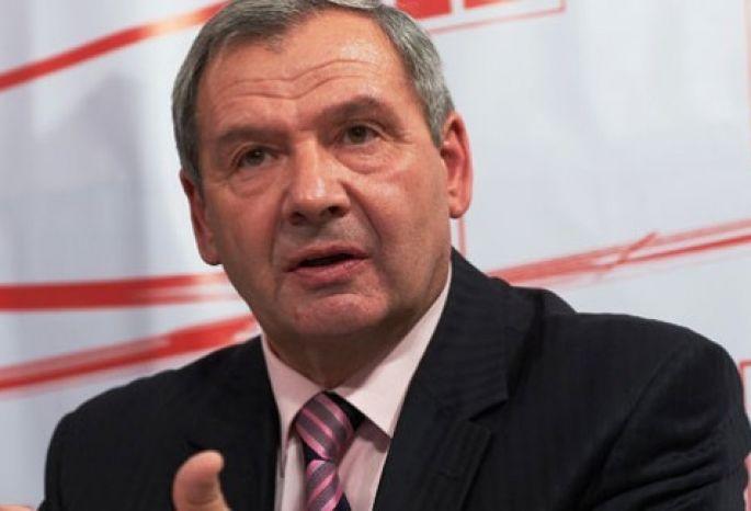 Народные избранники отправили Матиенко вотставку