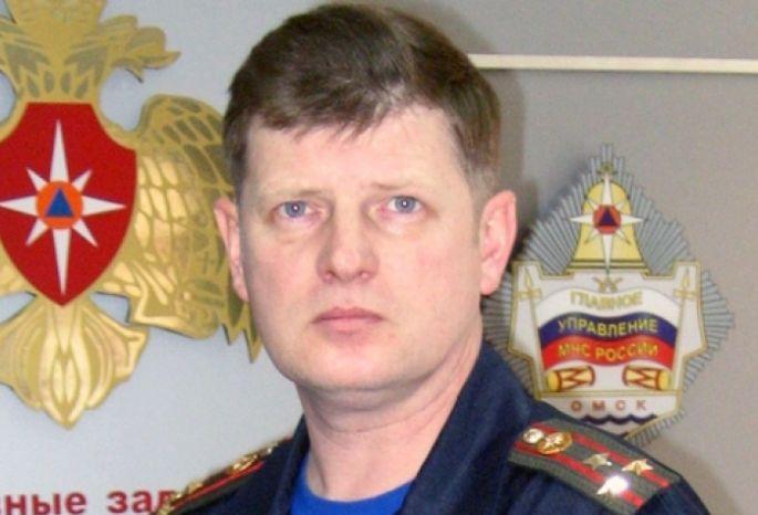Руководитель омских спасателей Корбут загод получил 1,5 млн