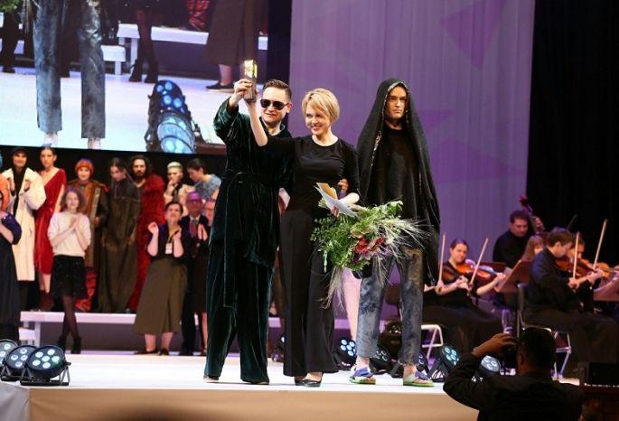 Омичка Булева завоевала гран-при конкурса «Формула моды-2017»