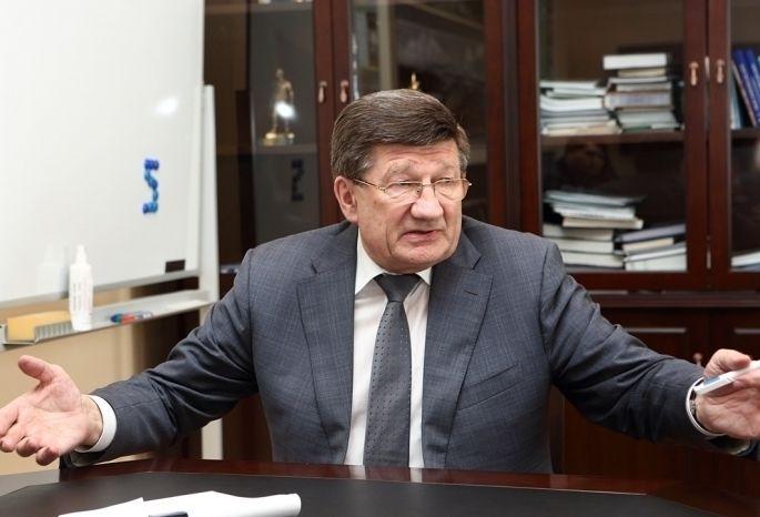 Мэр Омска получил представление прокуратуры заразбитые дороги