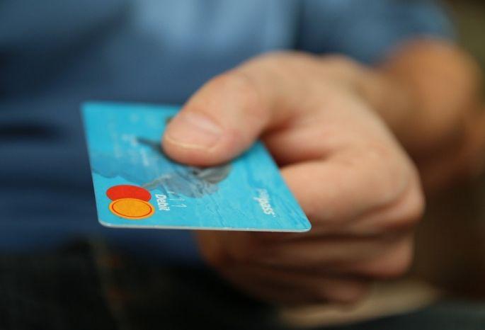 БанкиРФ в 2017г выдали на30% больше кредитных карт