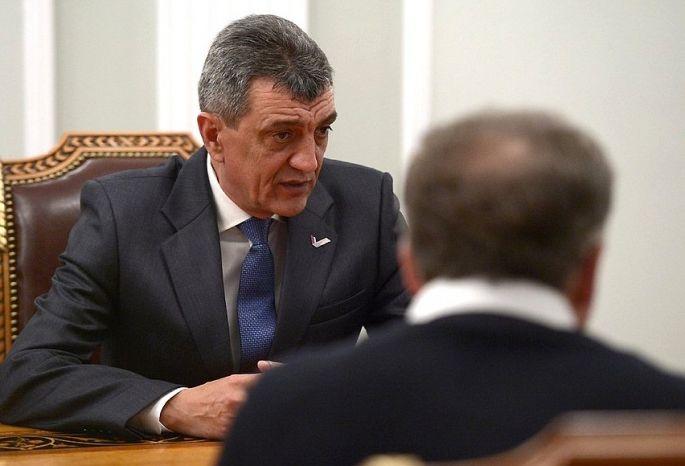 Омское руководство раскритиковали заплохую работу собманутыми дольщиками