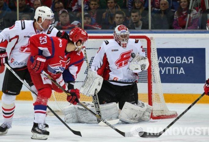 «Локомотив» проиграл четвёртый матч стабильного чемпионата КХЛ подряд, уступив «Авангарду»