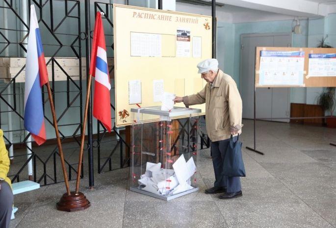 ВОмске открылись избирательные участки