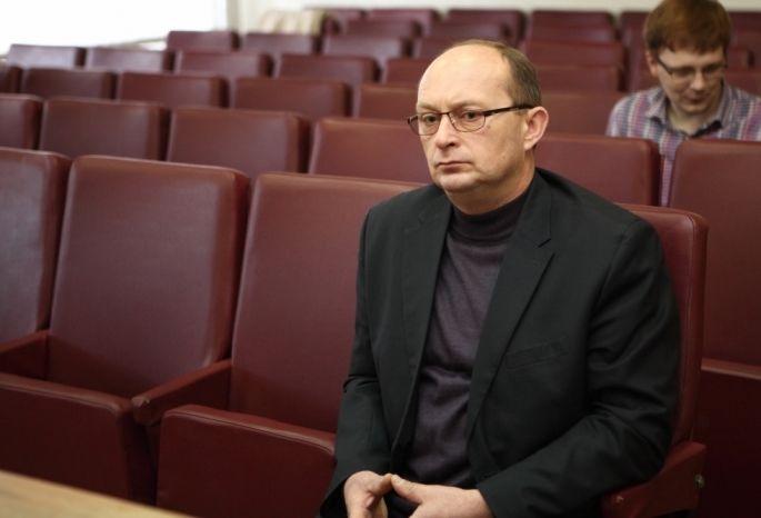 Генпрокуратура вновь выявила махинации экс-главы Омского района, связанные сземлей