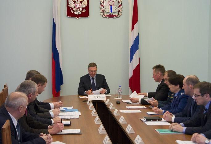 Бурков оповестил сибирскому полпреду оготовности коммунальщиков кзиме