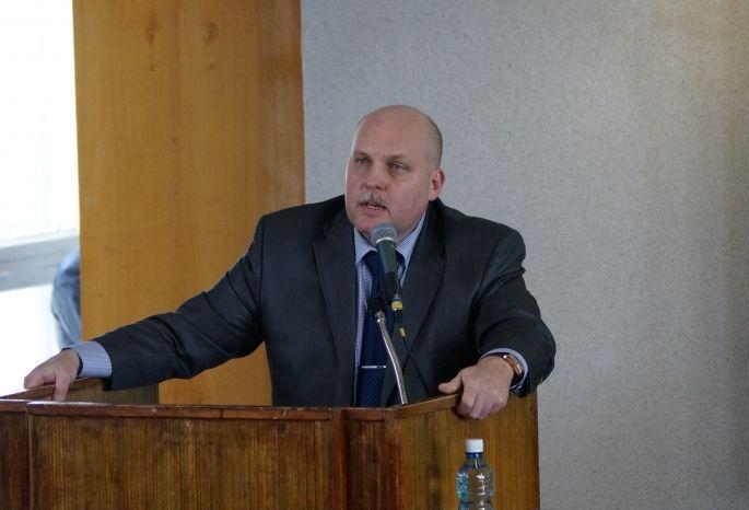 Прошлый ректор омского университета проводил спартакиады для студентов только набумаге