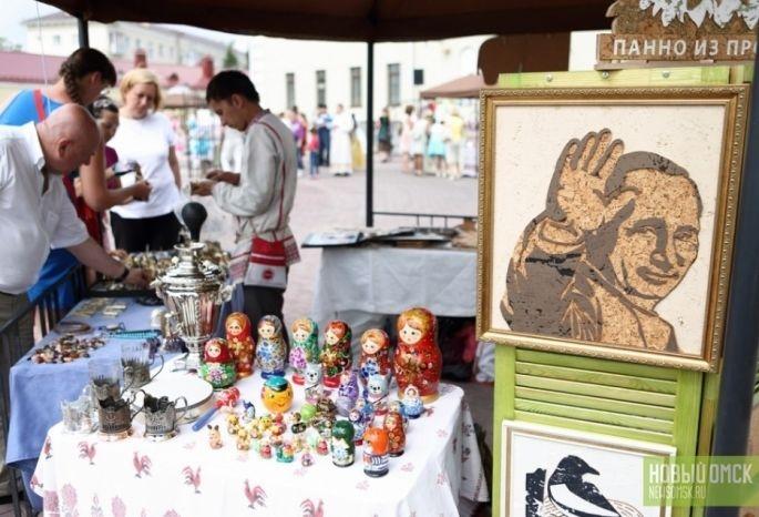 Официальным сувениром Омска стал Петрушка