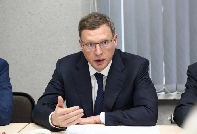 Бурков порекомендовал неограничиваться ремонтом крыш при капремонте омских домов
