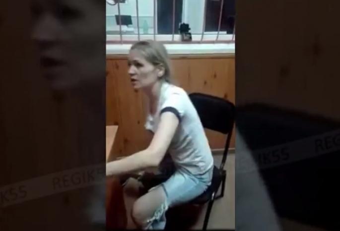 Омичку, избившую фельдшера скорой, суд наказал маленьким штрафом