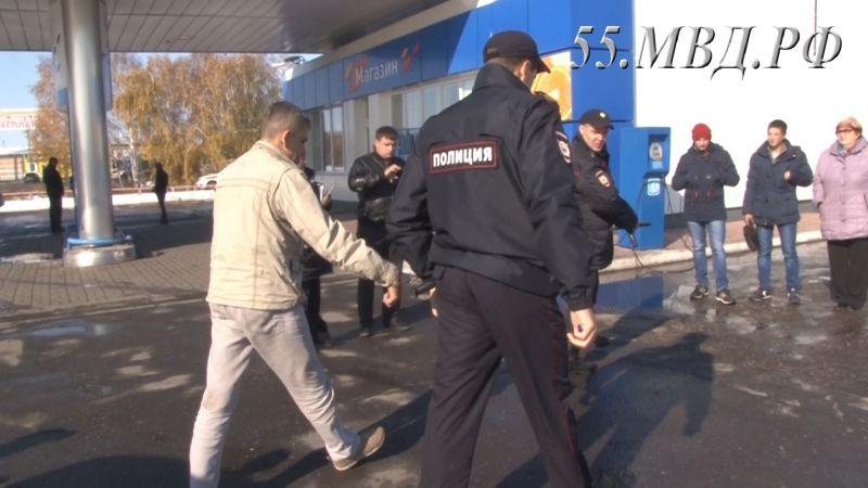Прежний спецназовец грабил омские АЗС при помощи автомата